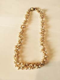 white and gold beaded necklace Gaithersburg, 20877