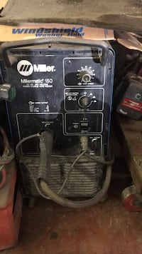black and gray Lincoln Electric welding machine New Hyde Park, 11040