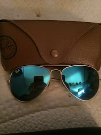 Ray bans sun glasses