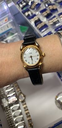 Lady watch ESQ,good condition,working good  Calgary, T2B 3G1