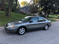 2004 Ford Taurus  Rockford, 61107