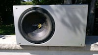Sub woofer with capacitator  Oakville, L6K 2W2