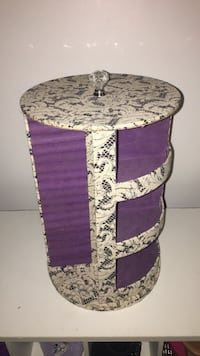 Paisley Rotating Jewelry Organizer Guelph, N1H 7H8