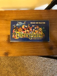 Disney Pressed Penny& Quarter Collection with Book. Lot.