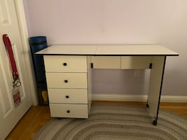 Fold out Sewing table