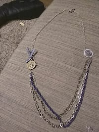 silver-color multi-layered necklace