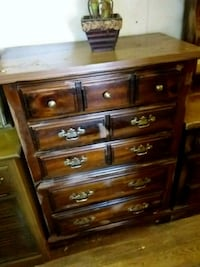 Chest of drawers  Front Royal, 22630