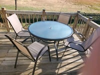 Patio table and chairs Hampton, 23669