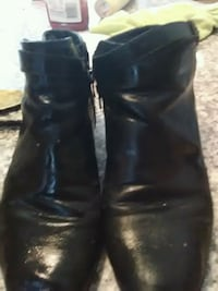 pair of black leather boots New Windsor, 12553
