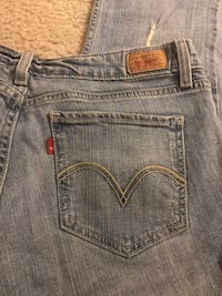Blue Levi's null