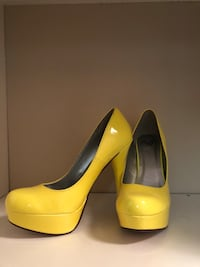 Yellow heels never worn! In perfect condition. Size 8 Edmonton, T5Z