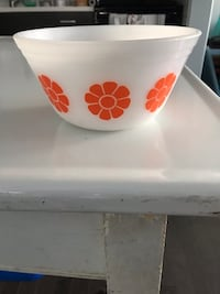 Federal glass mod flower mixing bowl vintage