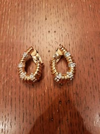 Fashion gold clip on earrings  Vaughan, L4H 1M4
