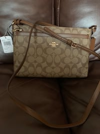 Brand new Coach cross body bag 27 km
