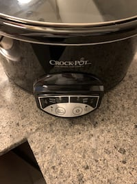 Black crock pot new