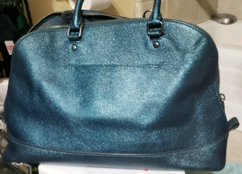 NEW Ocean color COACH purse e3d3ae48-b2e0-406b-8527-35f159b943f9