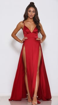 Women's red slit dress  26 km
