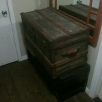 Antique chest  Kitchener, N2M 4C8