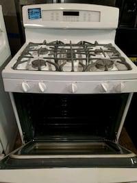 GE  convection oven gas stove working perfectly