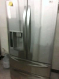 LG stainless steel refrigerator good condition  Laurel, 20707