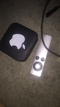 Black Apple TV with controller and cable no hdmi  Manassas, 20109
