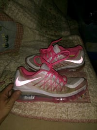 Pink Nike air Max size 4 Oklahoma City, 73119