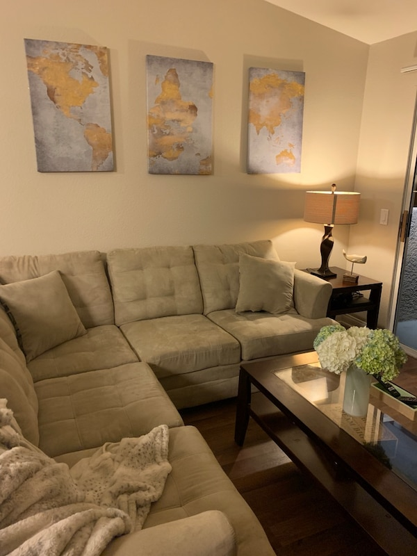 Enjoyable Tan Jeromes Sectional L Shapes Negotiates Ok Squirreltailoven Fun Painted Chair Ideas Images Squirreltailovenorg