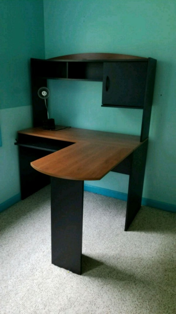 brown and black wooden desk