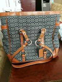 Coach purse Coachella, 92236