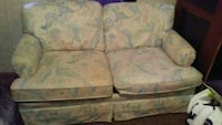 beige and green fabric loveseat Apopka, 32703