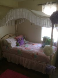 Girls Canopy Bed for sale Toronto, M5A
