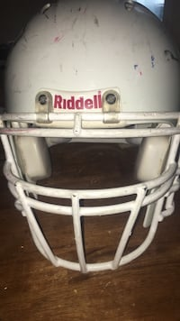 Riddell  football helmet extra large Bowie, 20716