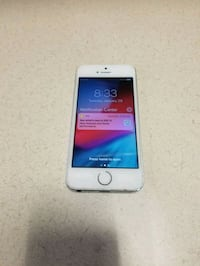 Iphone 5s unlocked 16gb  Falls Church, 22042
