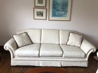 Sofa and chair. Excellent condition like brand new Toronto, M3J 1H1