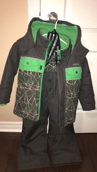 Boy's snowsuit from Oshkosh Brampton, L6V 0V2