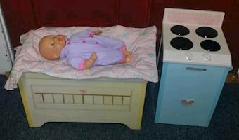 Dolls Stove &  Changing Table with Accessories