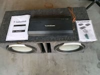 "Two 12"" speakers in box and amp Las Vegas, 89148"