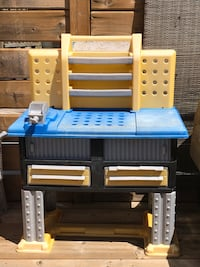 Blue & Yellow Work Bench/Playstation Grimsby, L3M 3L2