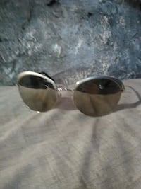 AUTHENTIC Prada Sunglasses Guelph, N1H 4M7