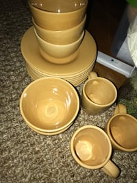 Pottery barn Sausalito Amber dishes Jacksonville