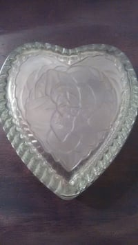 Frosted etched Heart shape candy holder Oxon Hill, 20745