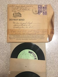 Voice vinyl record with sleeve Winchester, 22602