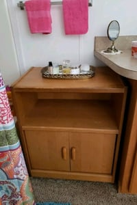 brown wooden table with two doors 2 shelves Abingdon, 21009