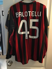 Balotelli size large! real authentic!! Newmarket, L3X 3H4