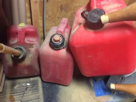 3-PLASTIC GAS CANS