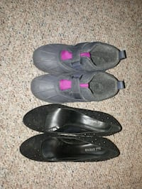 pair of black leather shoes Ottawa