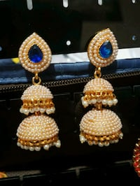 pair of gold and white pearl earrings Woodlawn, 21244