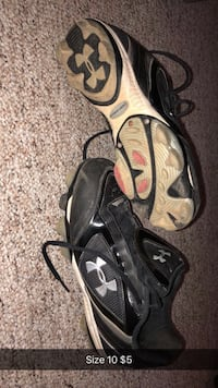 Size 10 women's or 8 mens cleats Ankeny, 50021