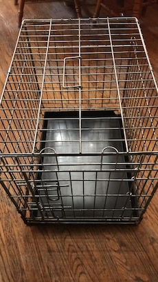 Gray metal wire kennel for Dog 34 x 17x20 height $30 OBO