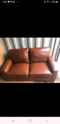 Brand New Leather Loveseat  Georgina, L4P 3E9